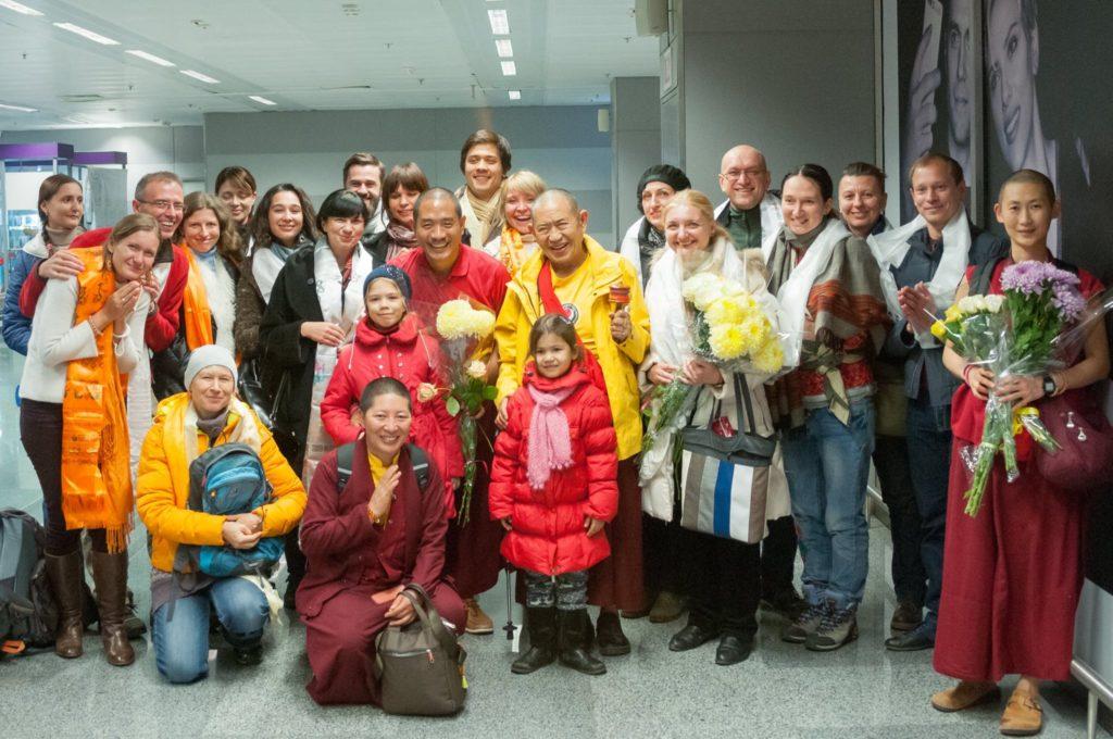 Встреча ЕП Гарчена Ринпоче в Аэропорту Борисполь